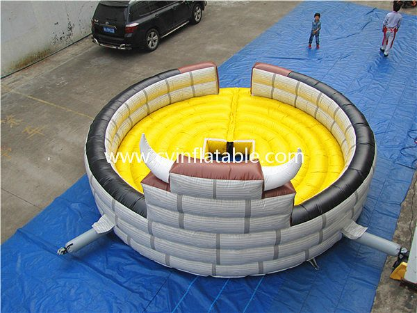 inflatable bull fight game (2)
