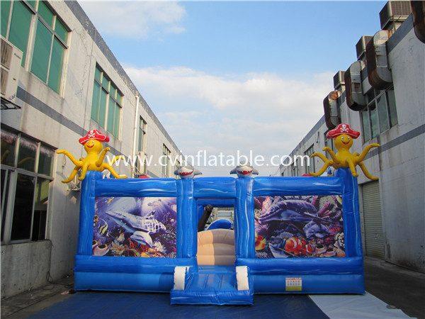 inflatable playground (2)