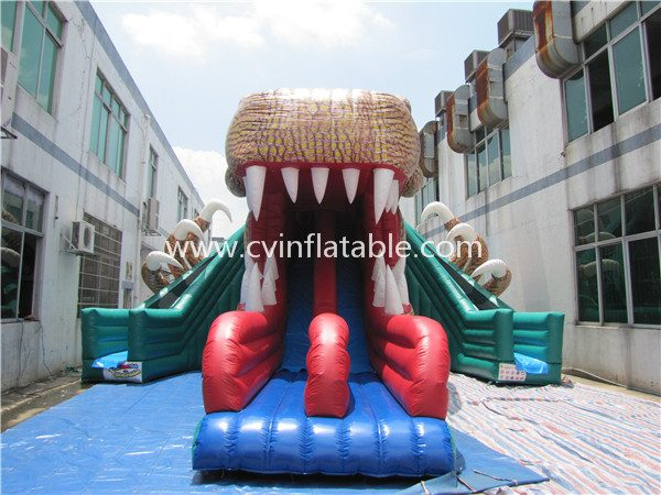 inflatable snake slide (2)