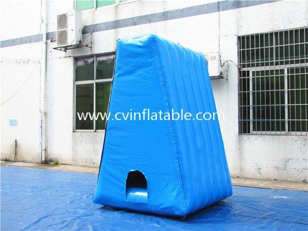 inflatable soccer dart (2)