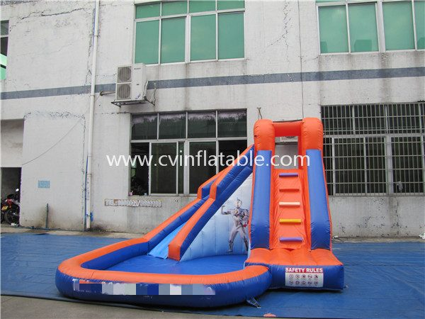 small inflatable slide with pool (4)
