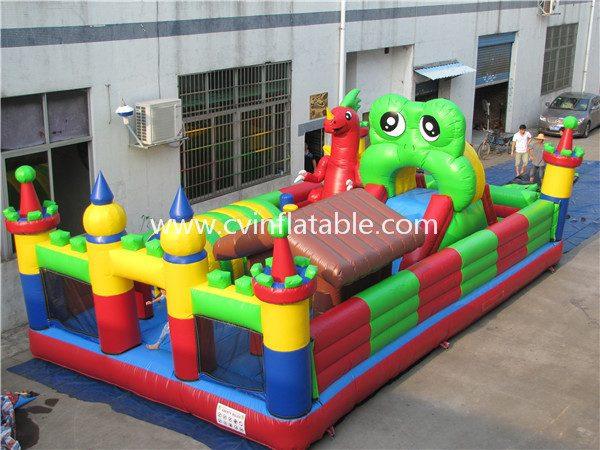 inflatable playground (3)