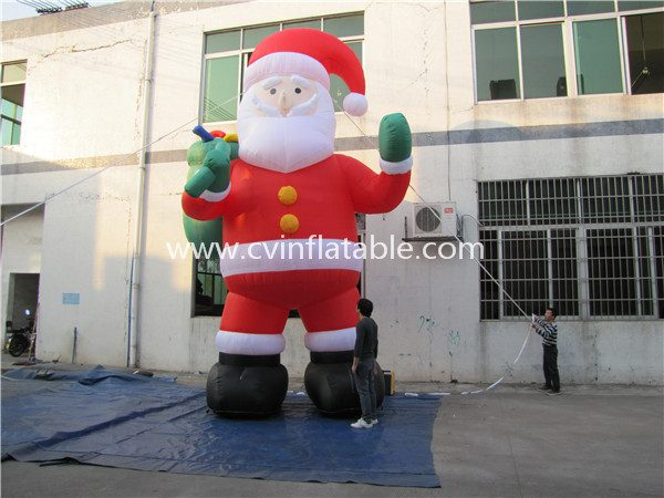 inflatable santa clause (2)