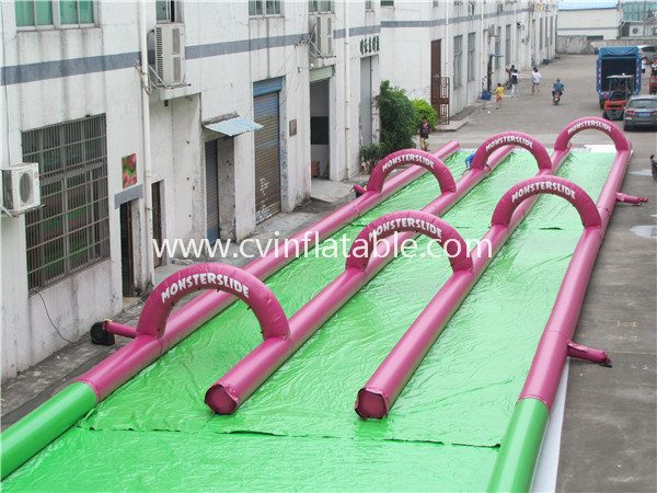 inflatable slide and slip (4)