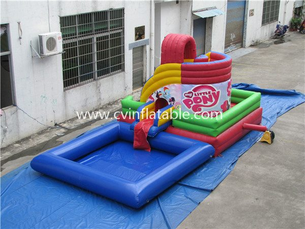 inflatable water slide with pool (18)