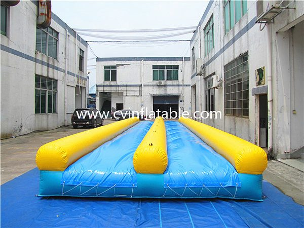 inflatable air track (2)