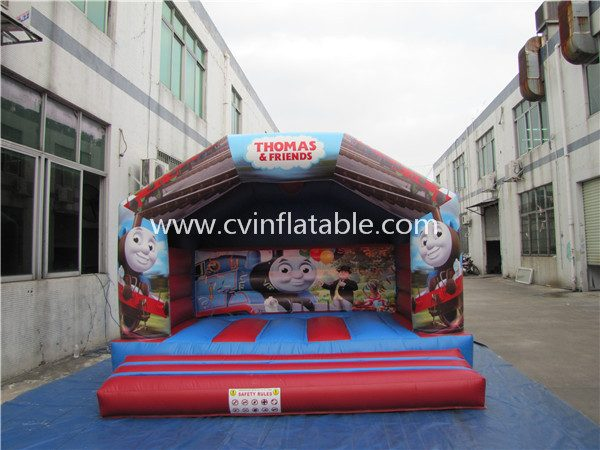 inflatable bouncer (2)