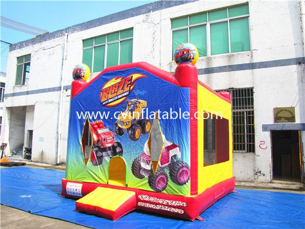 inflatable bouncer (42)