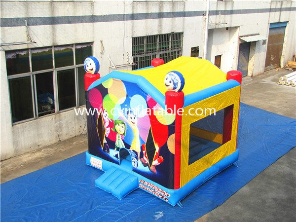 inflatable bouncer (44)