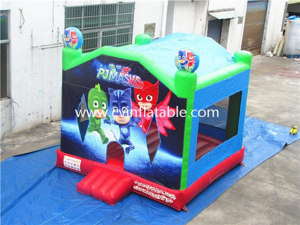 inflatable bouncer (48)