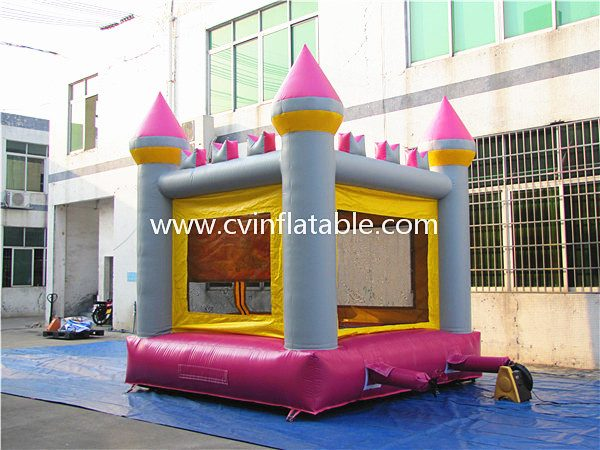 inflatable castle bouncer (6)