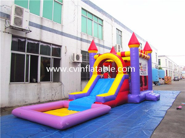 inflatable castle slide with pool (2)