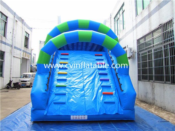 inflatable slide (14)