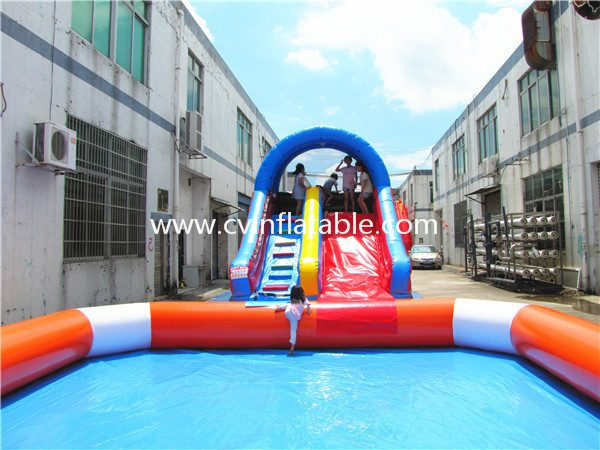 inflatable slide with pool (14)