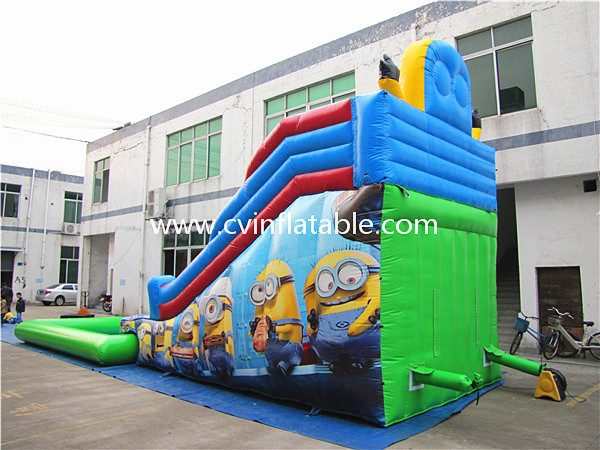 inflatable slide with pool (8)