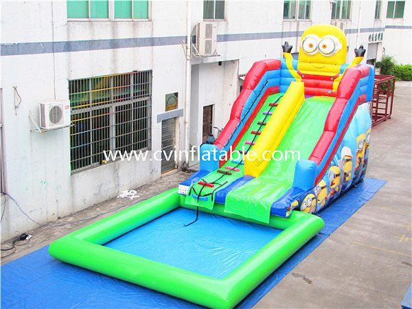inflatable slide with pool (9)
