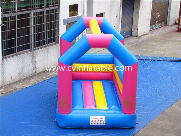 small inflatable bouncer (10)