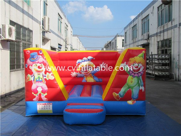 small inflatable bouncer (2)