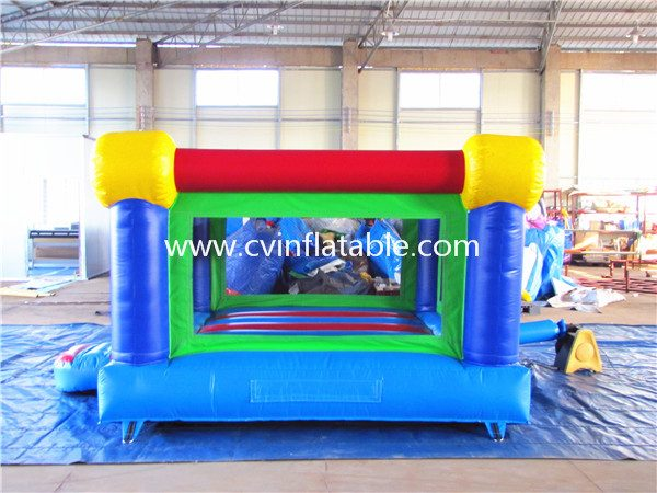 small inflatable bouncer (3)