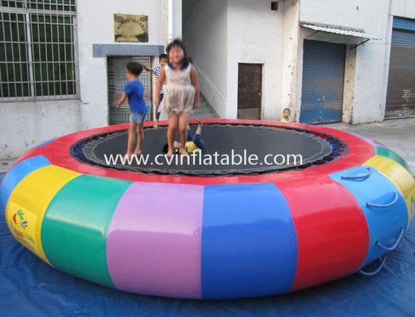 WG07(inflatable water trampoline