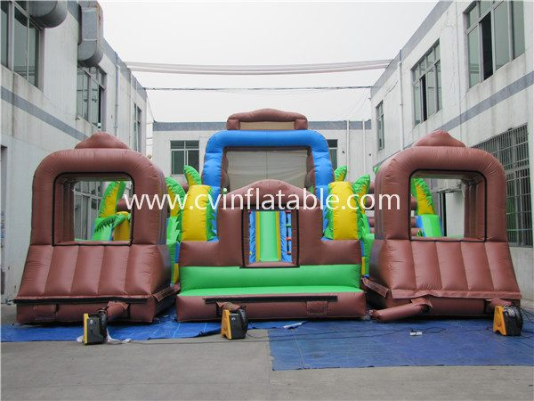 giant inflatable obstacle (2)
