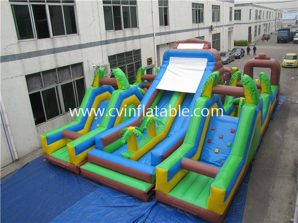 giatn inflatable obstacle